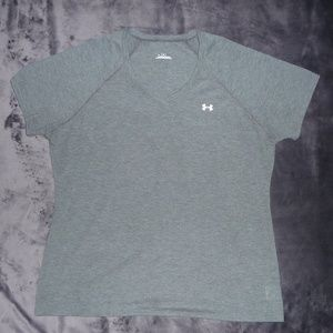 NWOT Under Armour Semi-Fitted V-Neck Tee XL